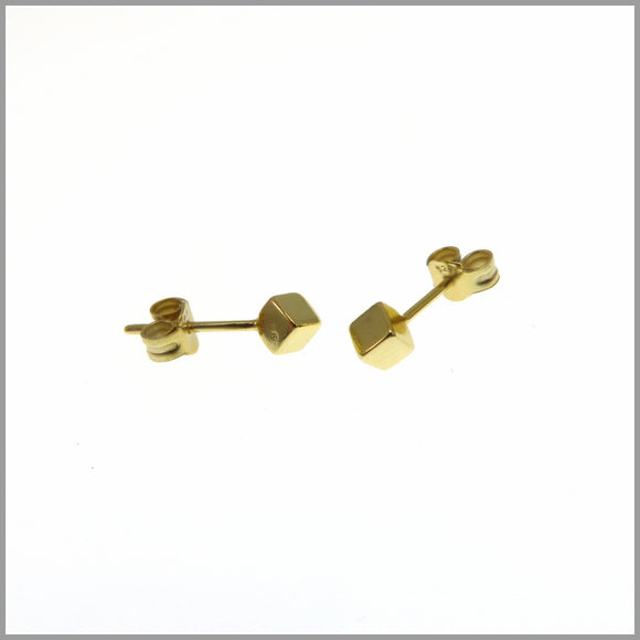 PS6.2 Gold Cube Earrings