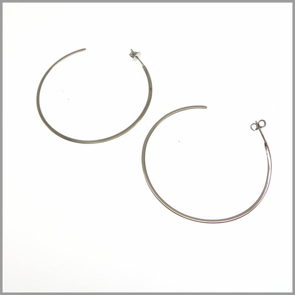 PS6.68 Large Silver Circle Earrings