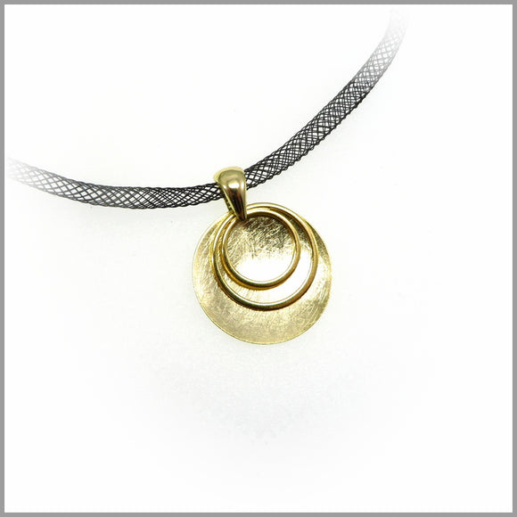 PS7.106 Golden Circle Shield Pendant