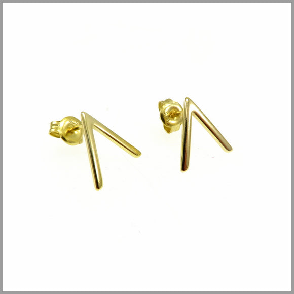 PS7.40 Gold Arrow Stud Earrings