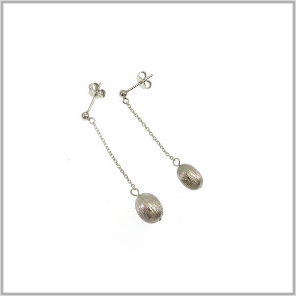 PS7.77 Silver Flower Bud Earring