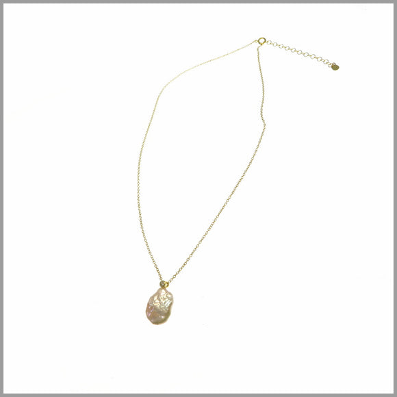 PS8.51 Baroque Pearl & Cubic Zirconia Gold Necklace