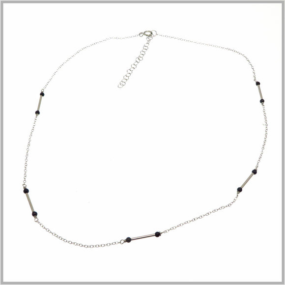 PS9.105 Silver & Black Egyptian Necklace