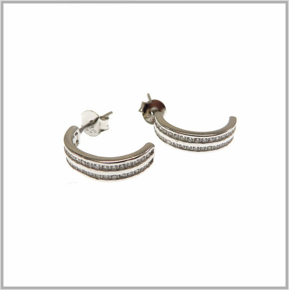 TY1.105 Half Circle Cubic Earrings