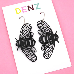 Bee Hook Dangle Earring in Black- DENZ