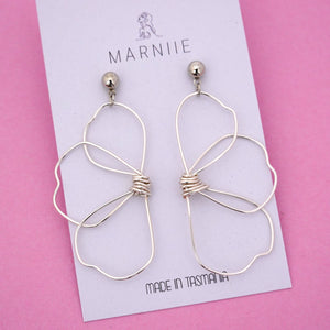 Half Daisy 'Silver' Dangle Earring- Marniie