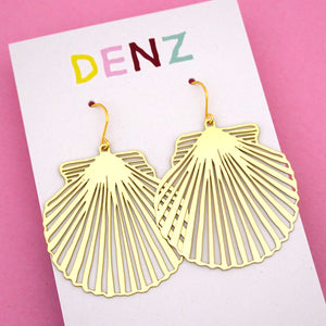 Shell Dangle Earring in Gold- DENZ