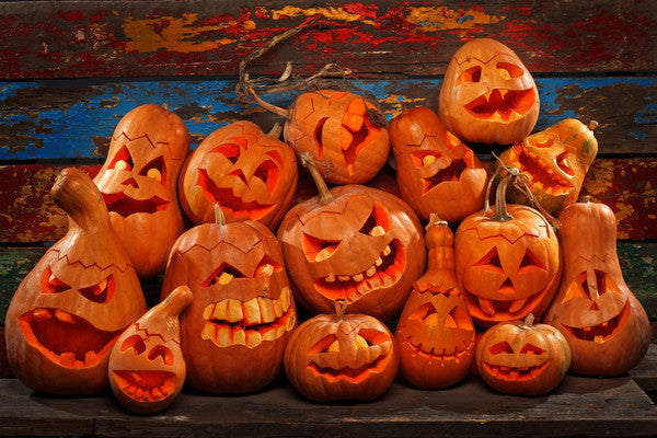 Happy Halloween from the Jack-o'-Lanterns of Lavish Shoestring!