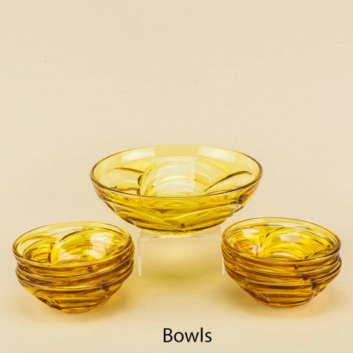 Amber glass set of bowls