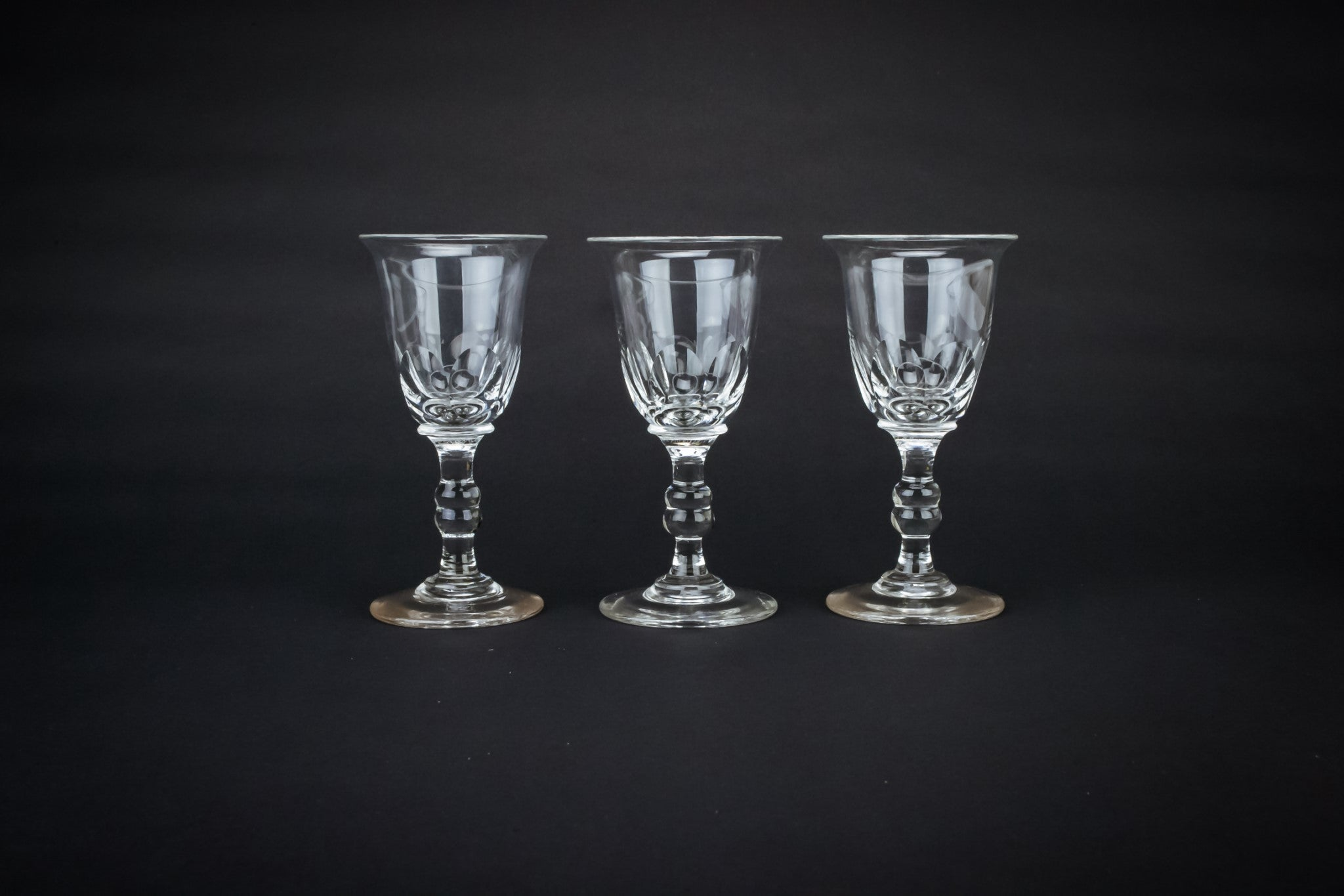 Dessert wine cut glass, English 19th Century