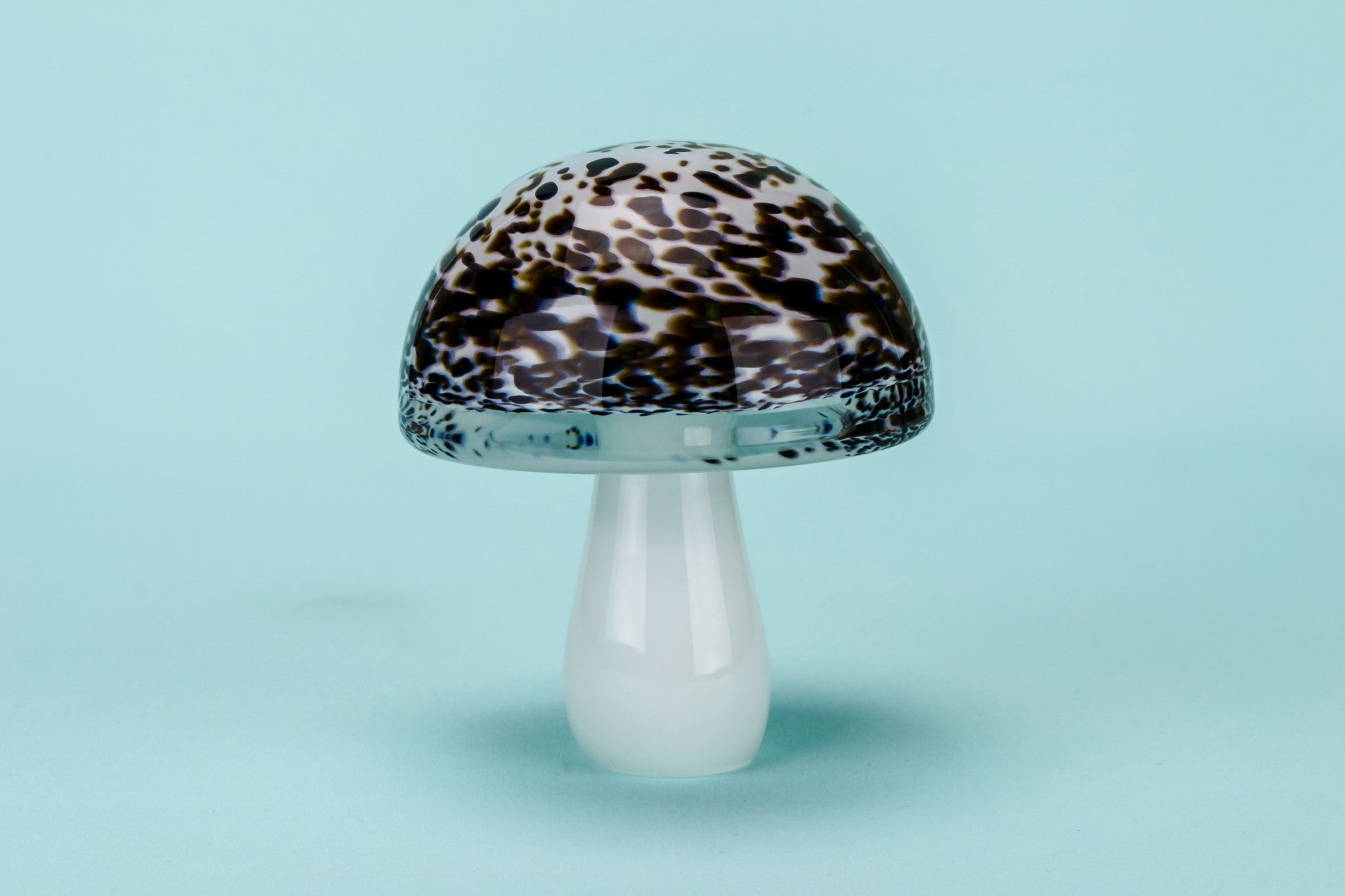 Glass Popular Brand Wedgwood Glass Mushroom