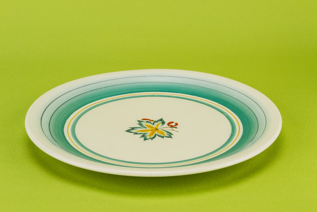 6 small green plates