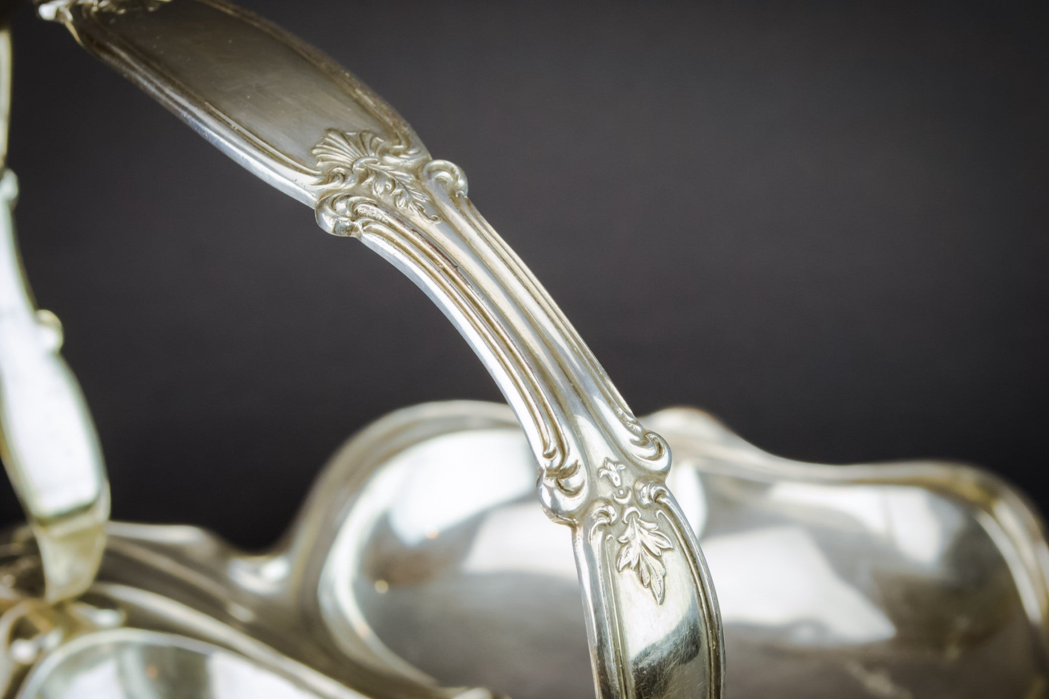 Art Nouveau serving bowl