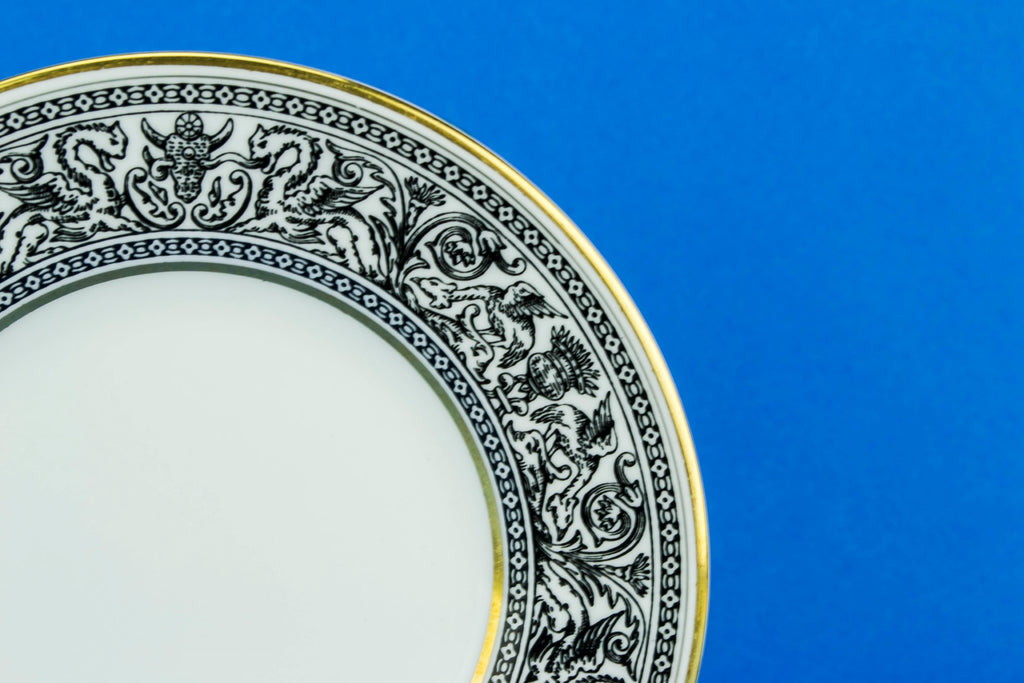 8 small Wedgwood plates