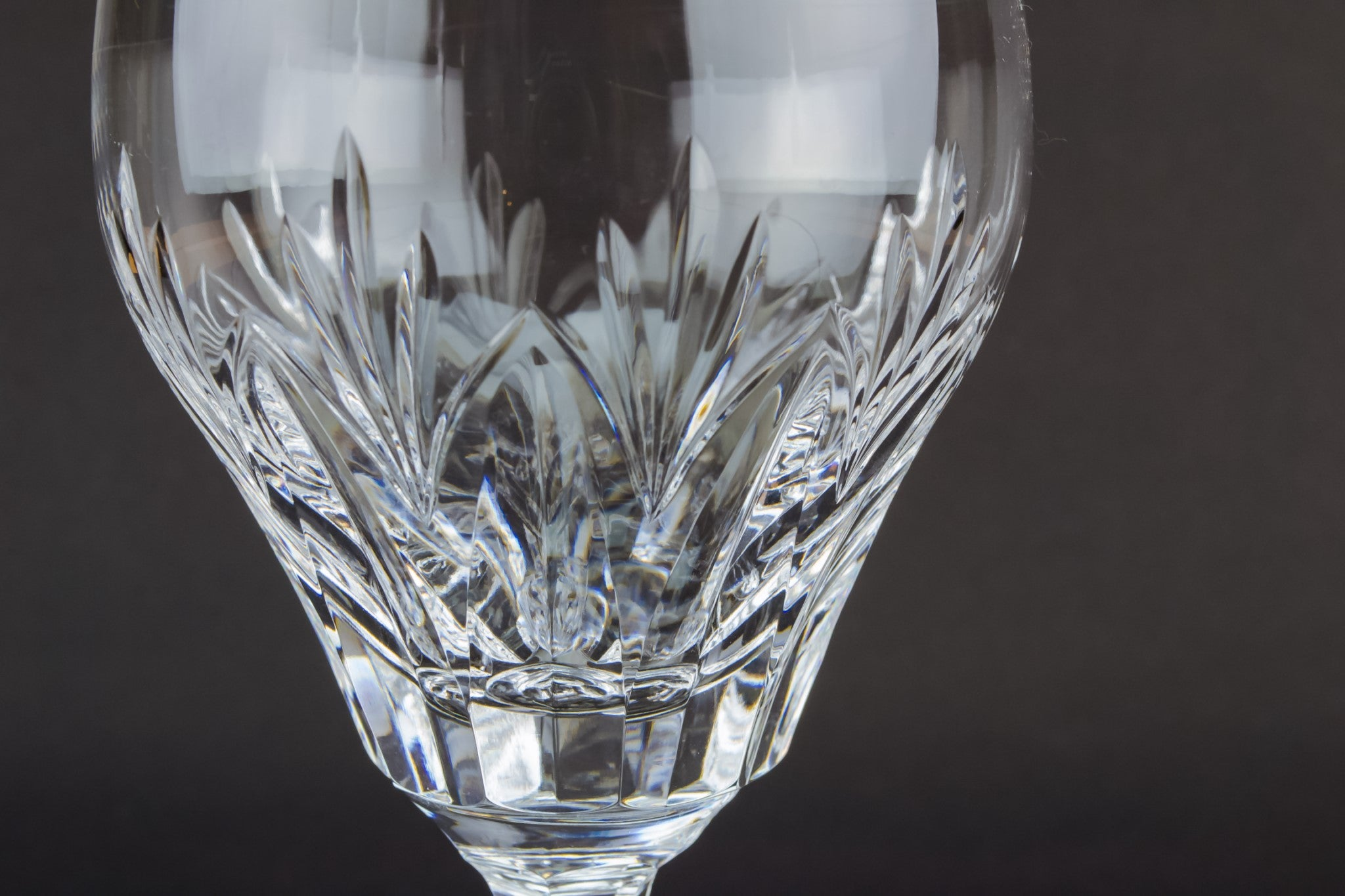 Crystal wine stem glass