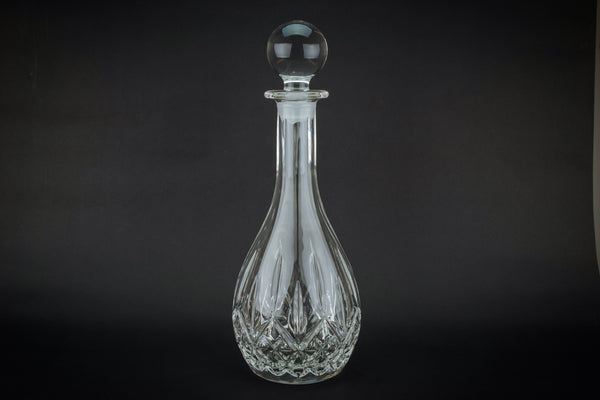 Ovoid wine decanter