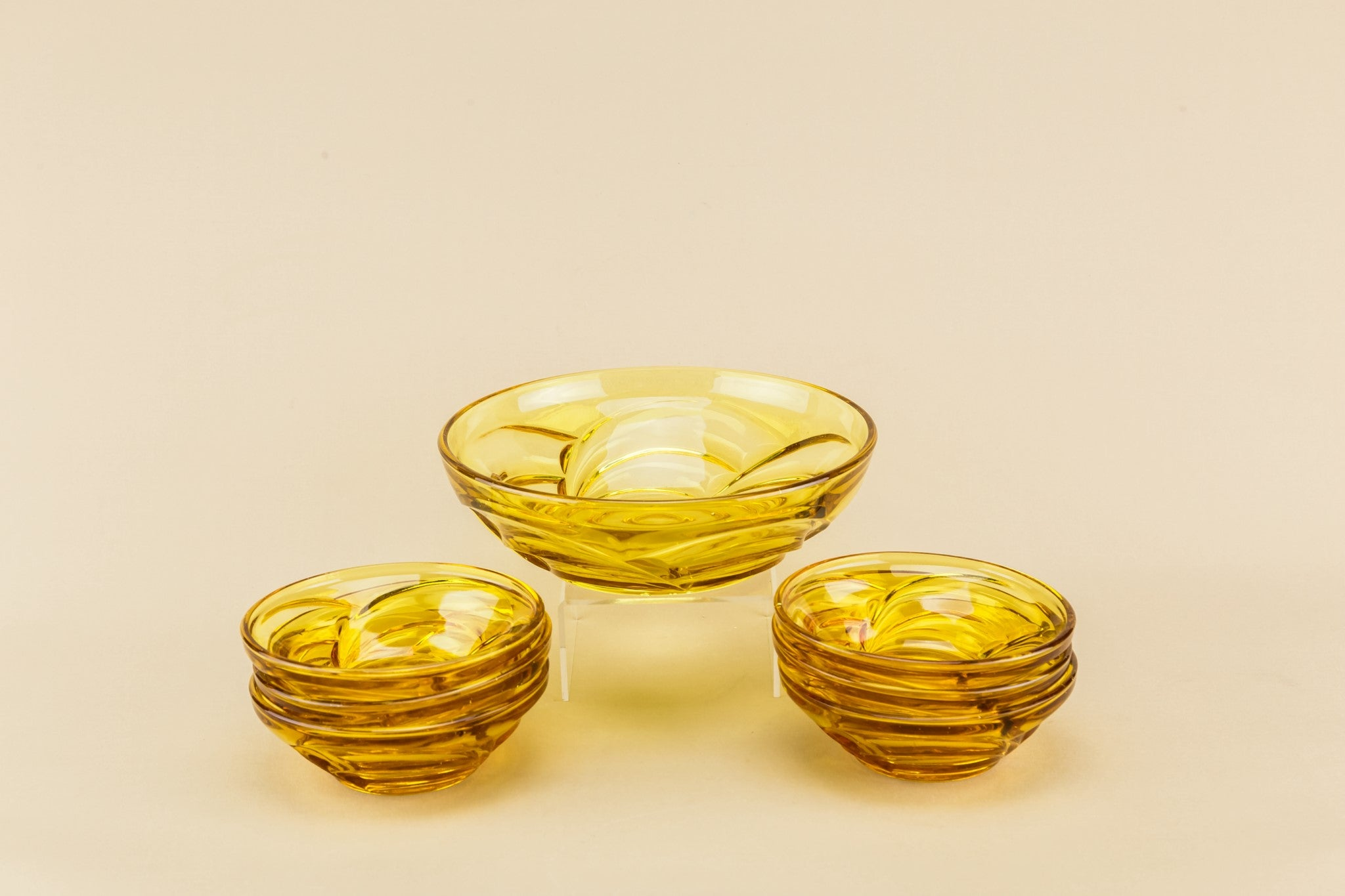 Glass dessert bowl set for 6