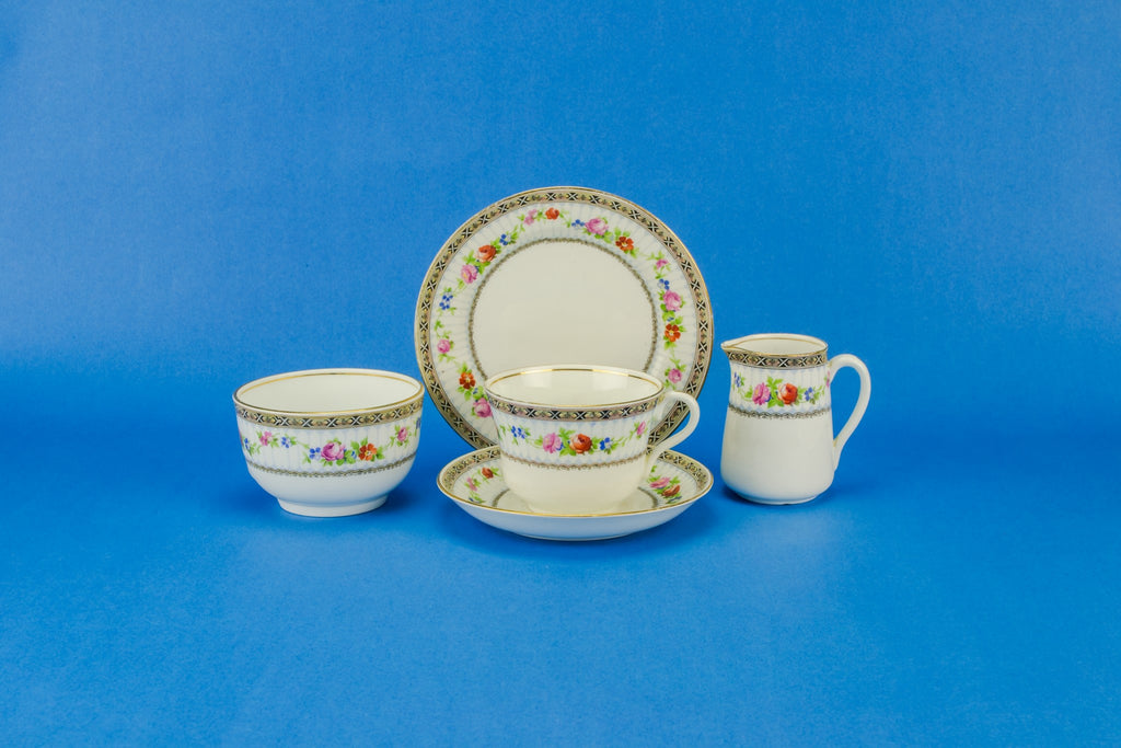 Floral tea set for one