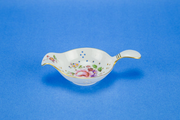 Floral tea sifter