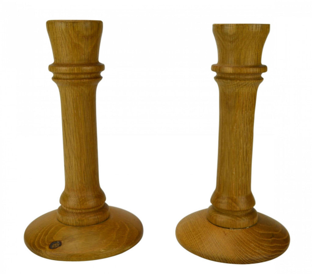 Imposing candlestick