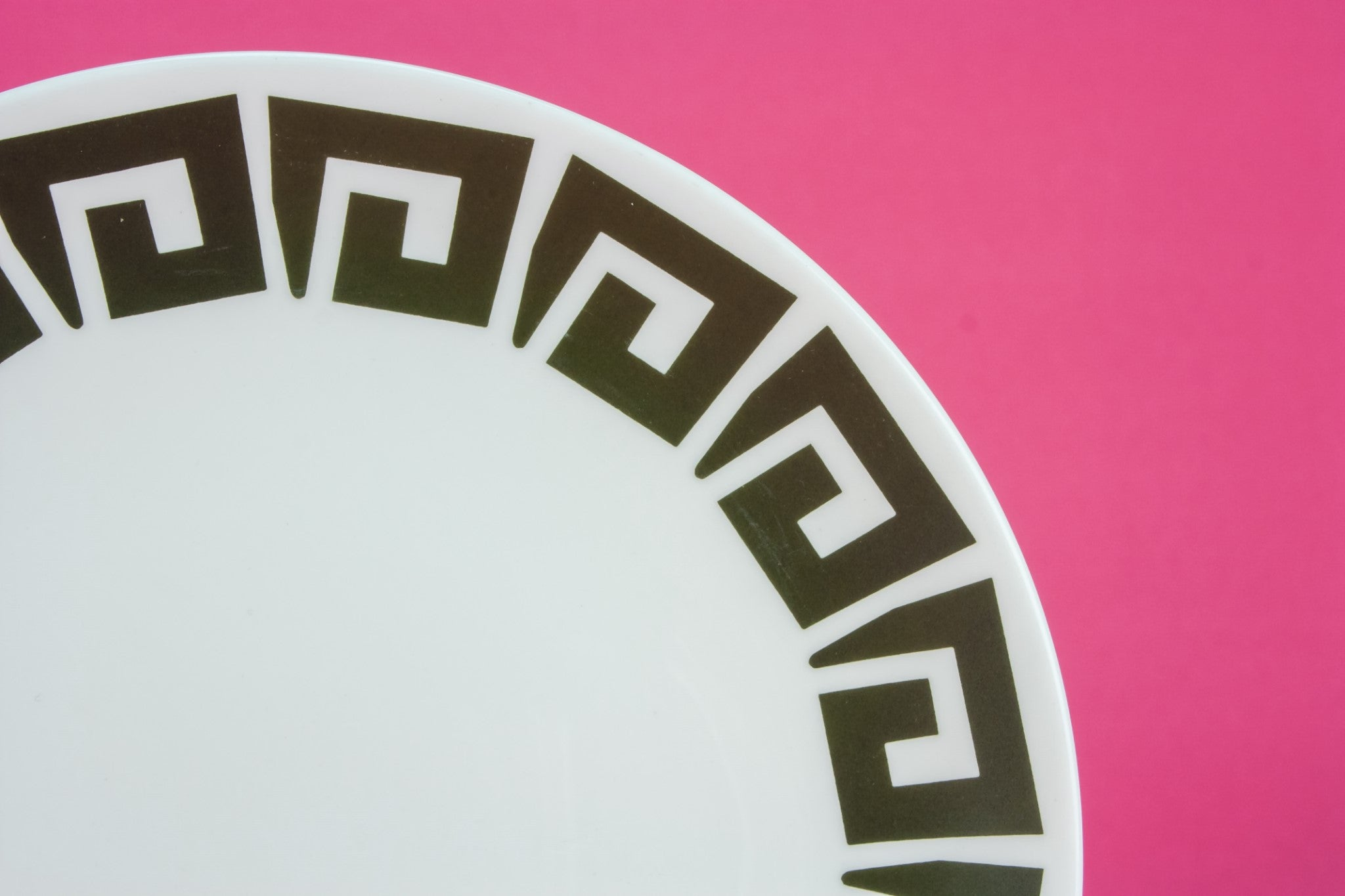 6 Modernist bone china plates