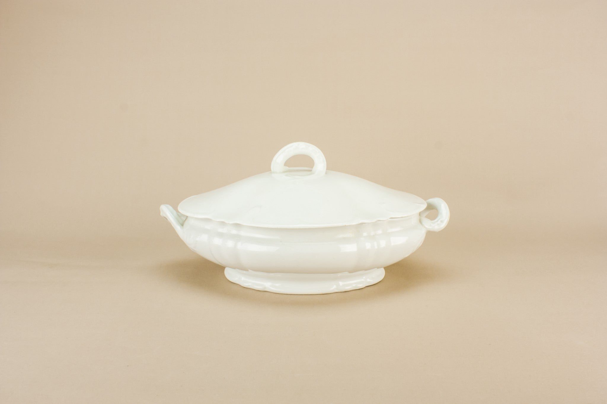 White serving tureen