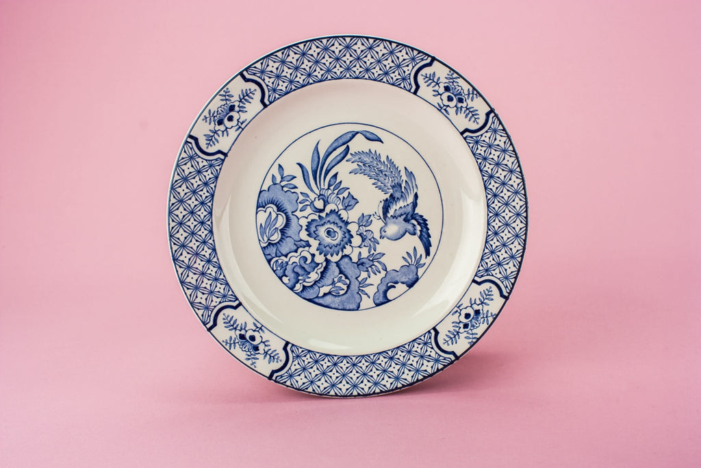 4 blue and white plates