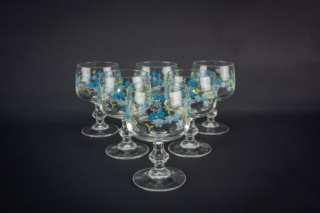 5 crystal wine glasses