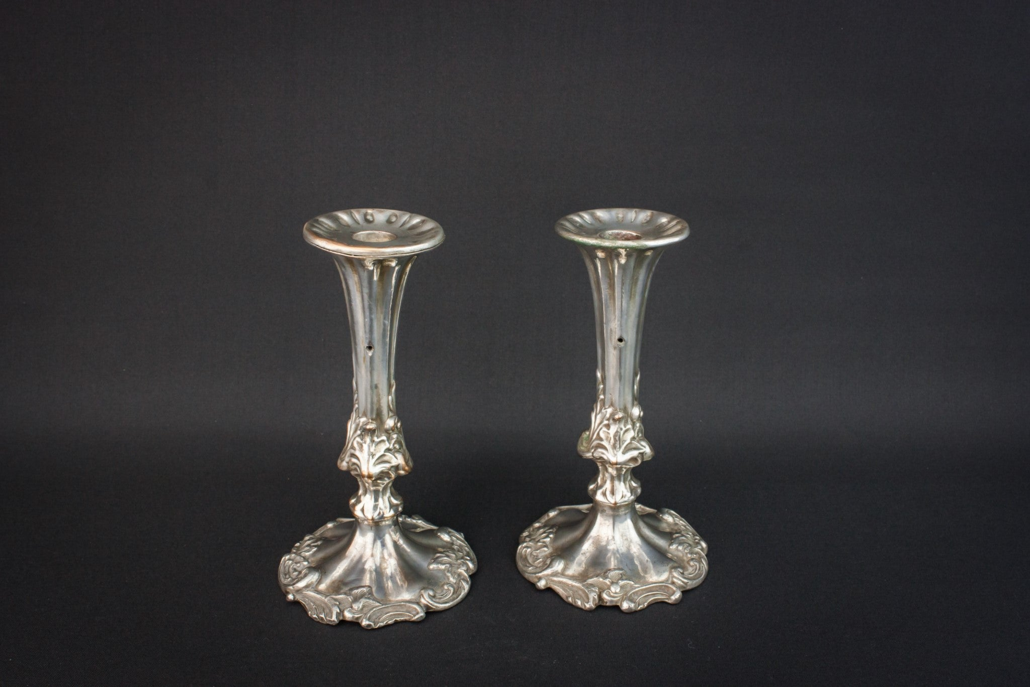 2 small candlesticks