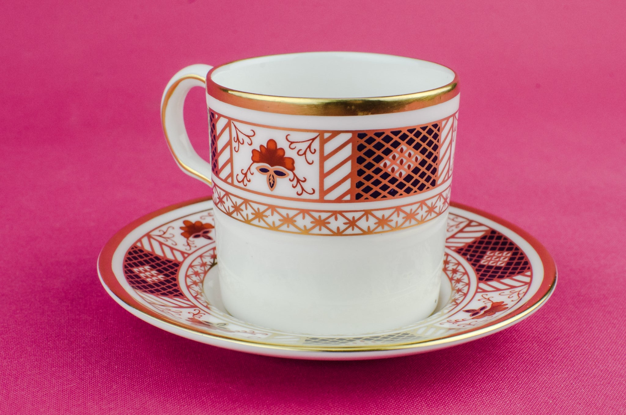Bone china retro coffee cup