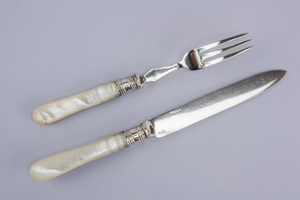 Cutlery set for eight