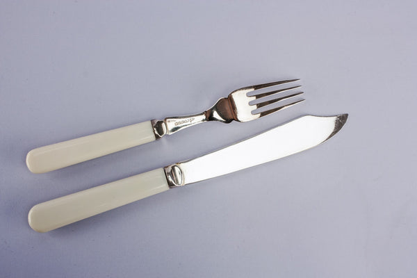 Cutlery set for six