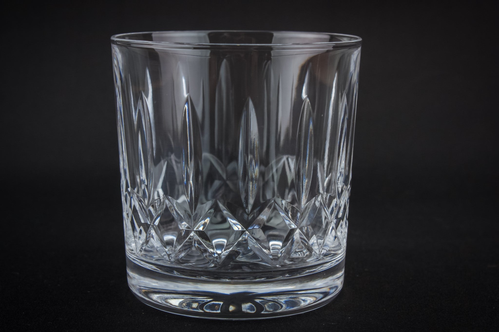 3 tumbler whisky glasses