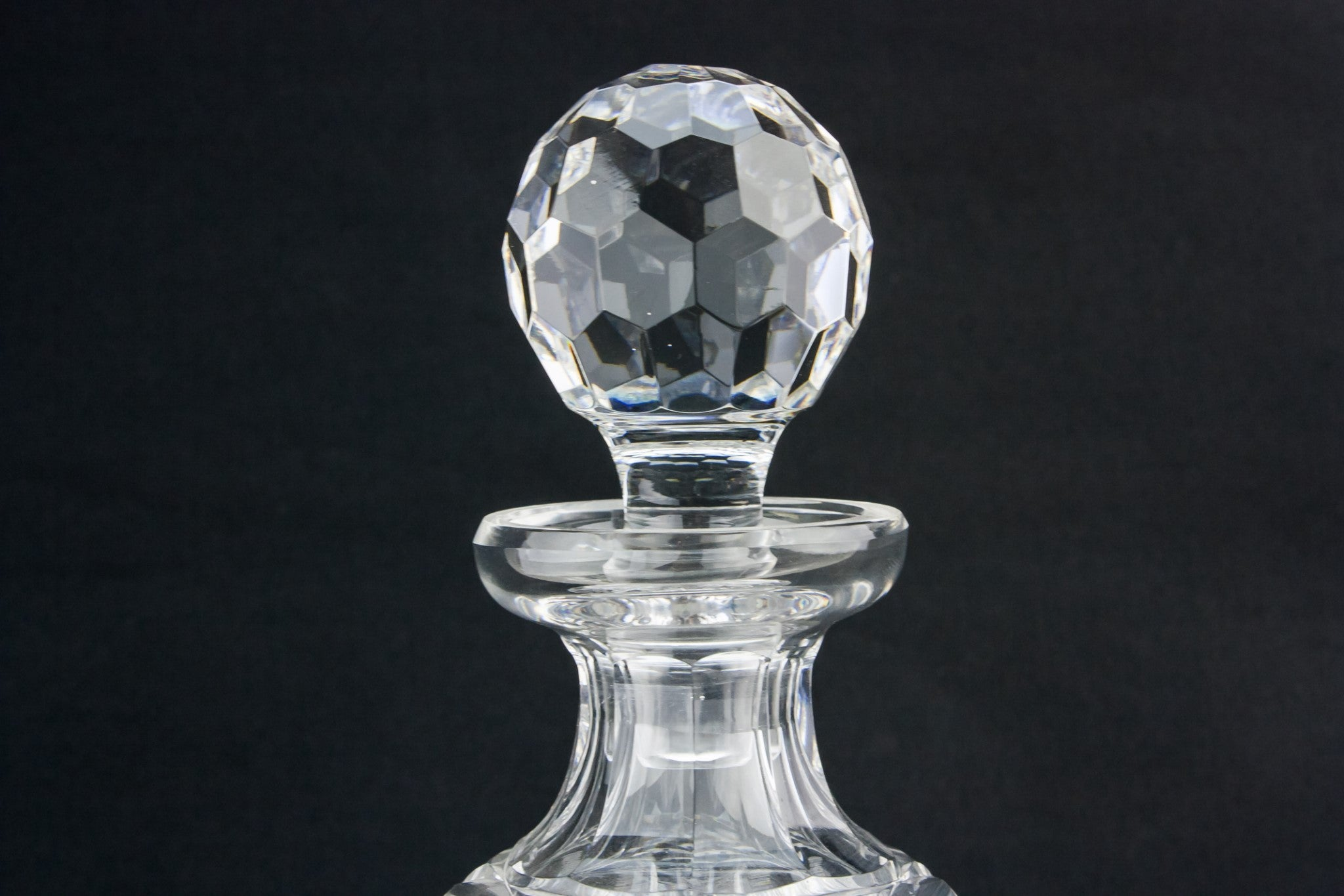 Barrel cut glass decanter