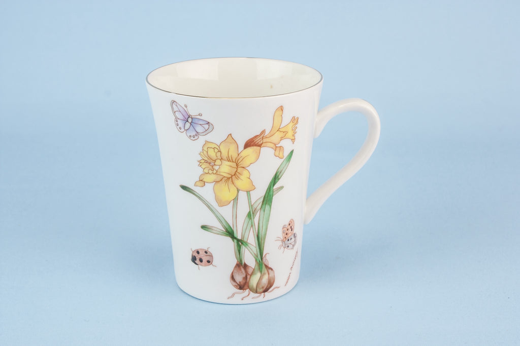Daffodils bone china teacup