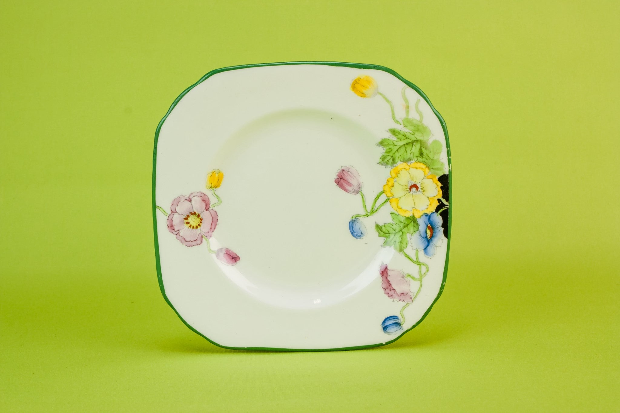 4 Art Deco bone china plates