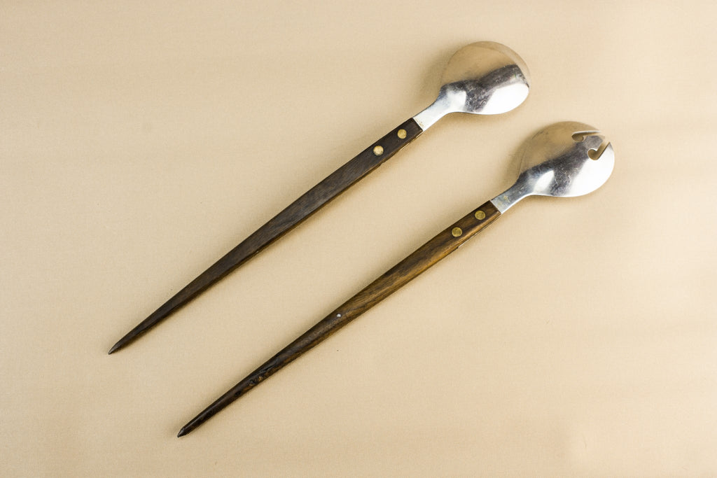 2 salad serving spoons