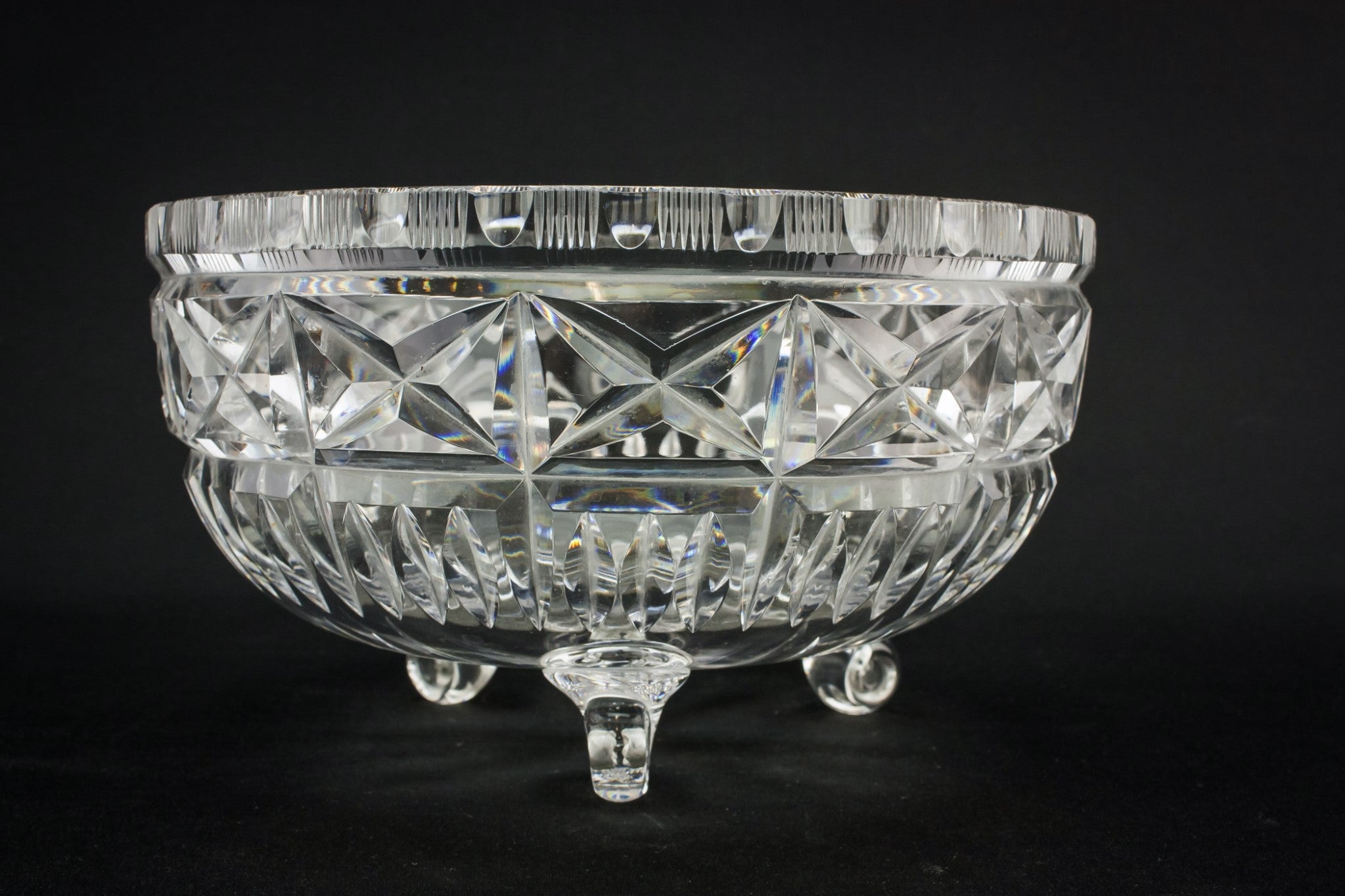 Cut glass tripod bowl