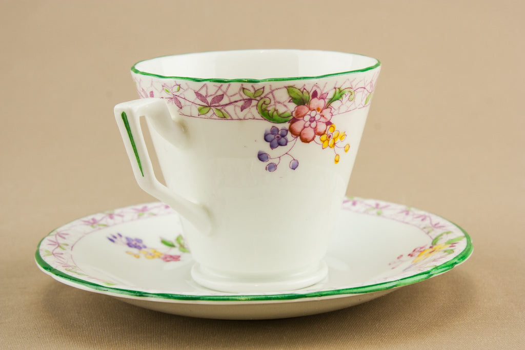 Bone china Art Deco teacup