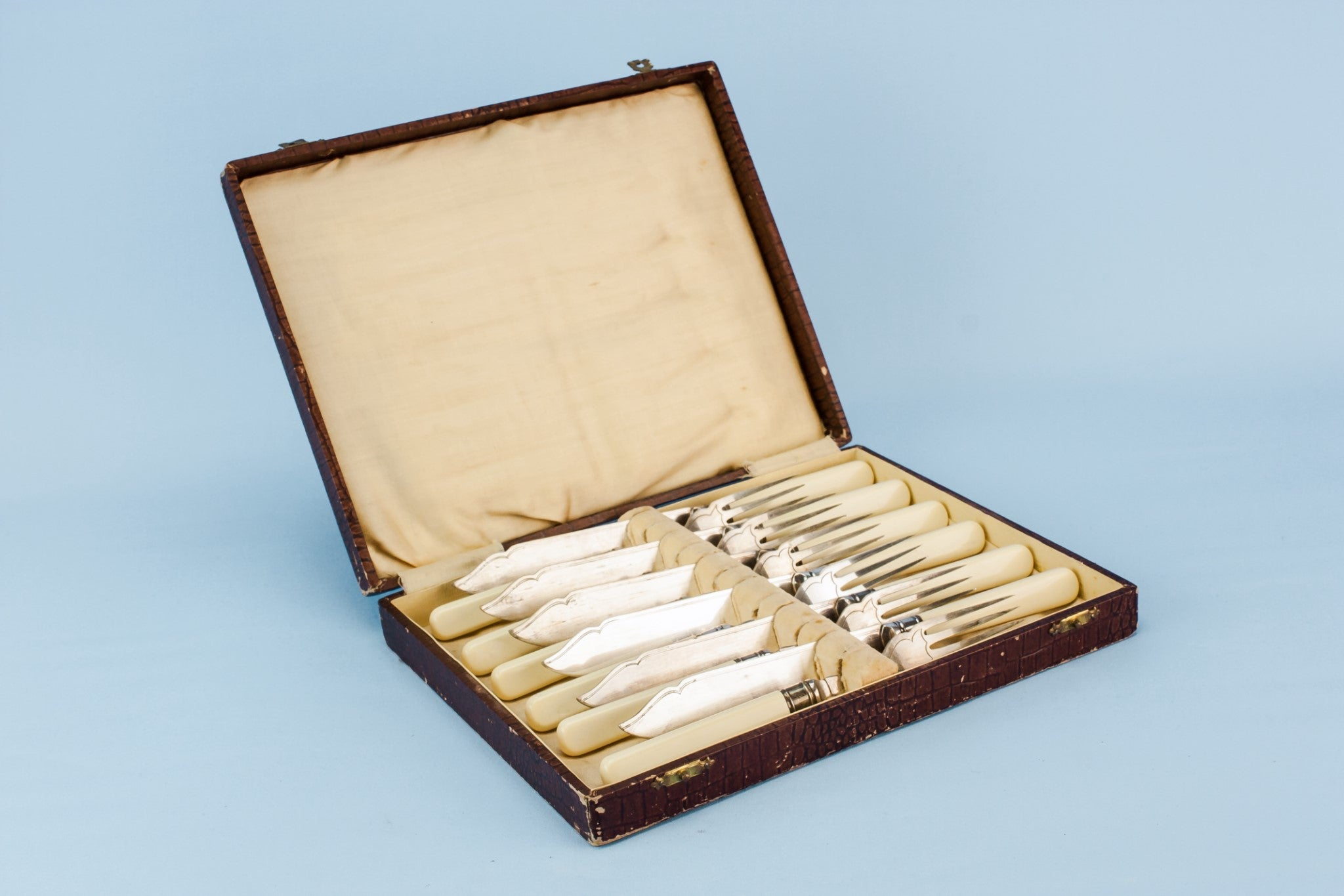 Dessert cutlery set for 6