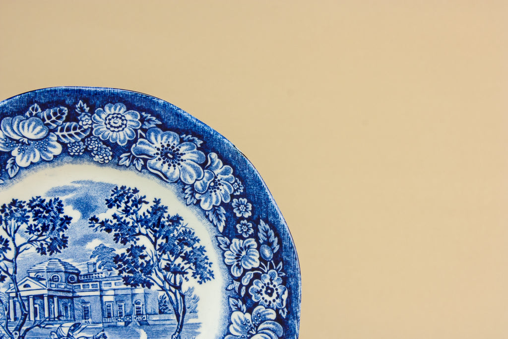2 traditional pottery plates