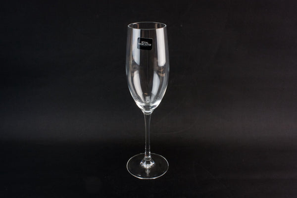 4 crystal champagne flutes