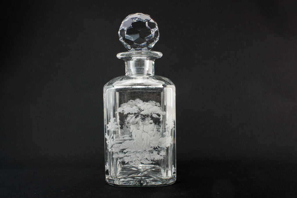 Moulded glass square decanter