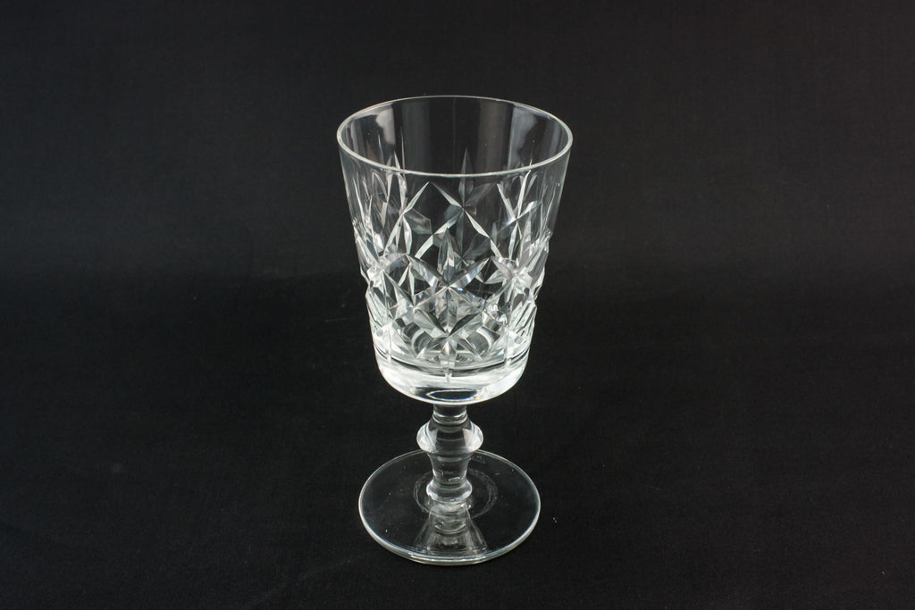 3 medium wine glasses