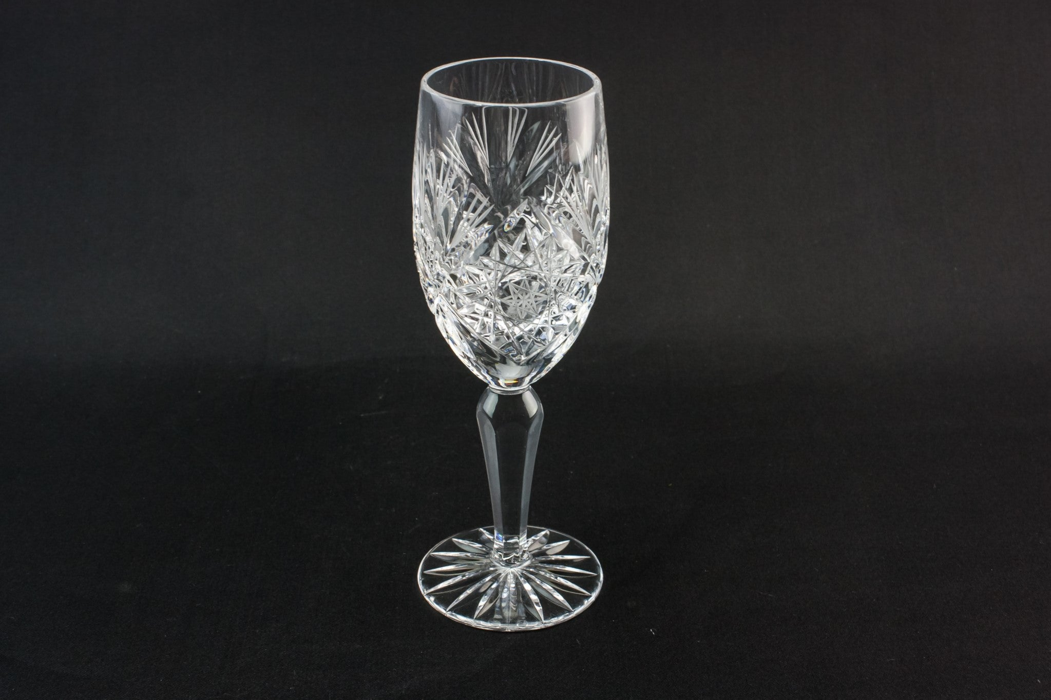 2 stem wine glasses