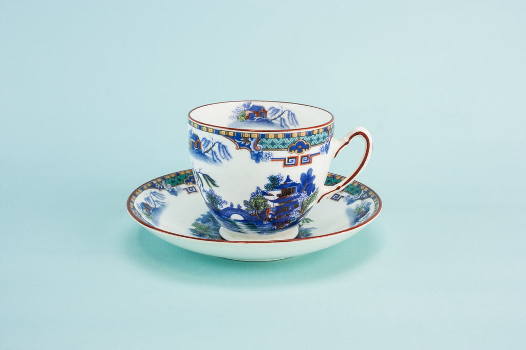Willow teacup & saucer, English circa 1900