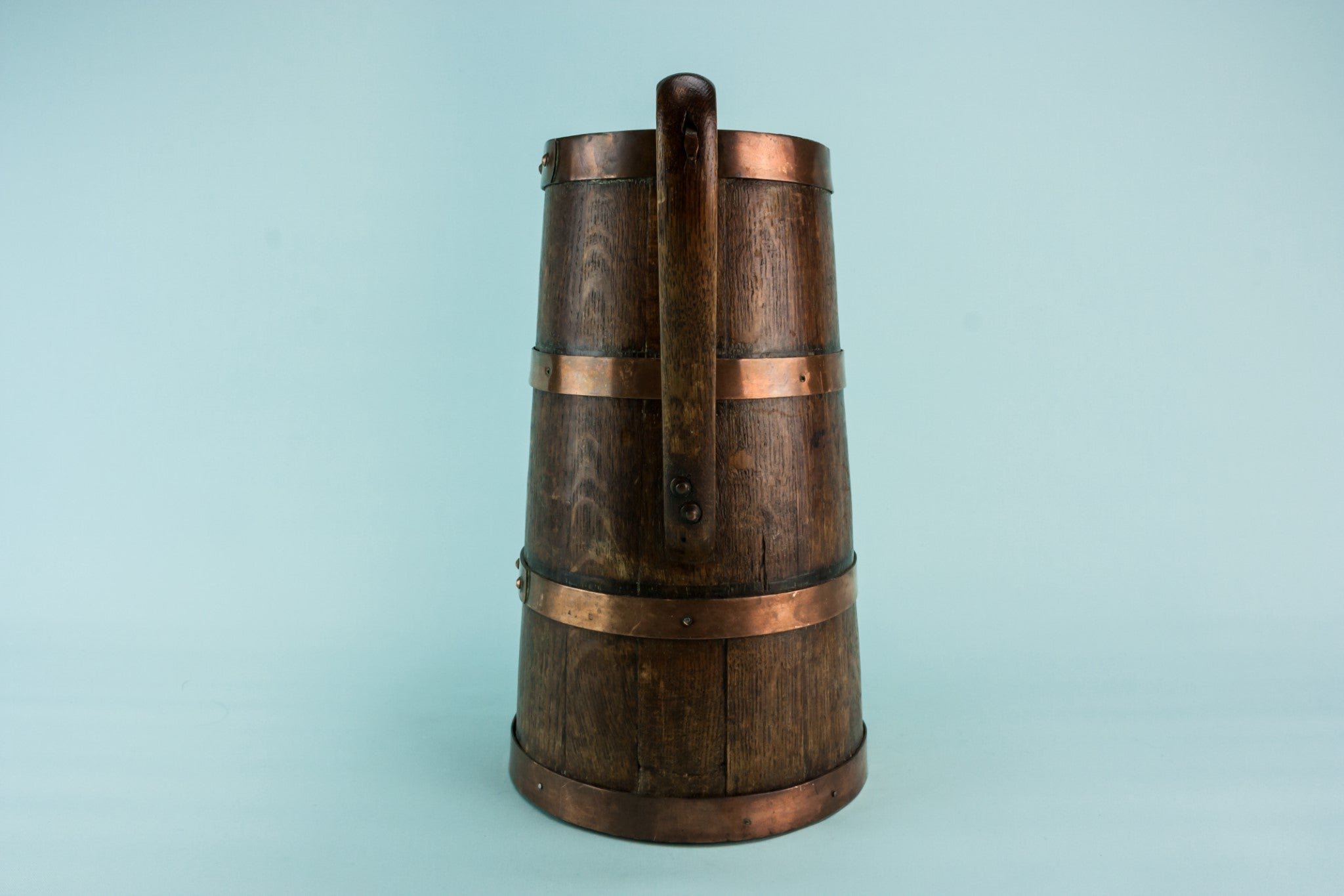 Coopered wooden jar