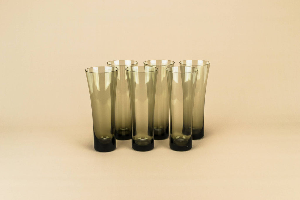 6 glass champagne flutes, 1950s by Lavish Shoestring