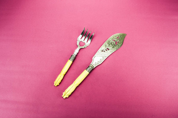 Fish serving fork and knife