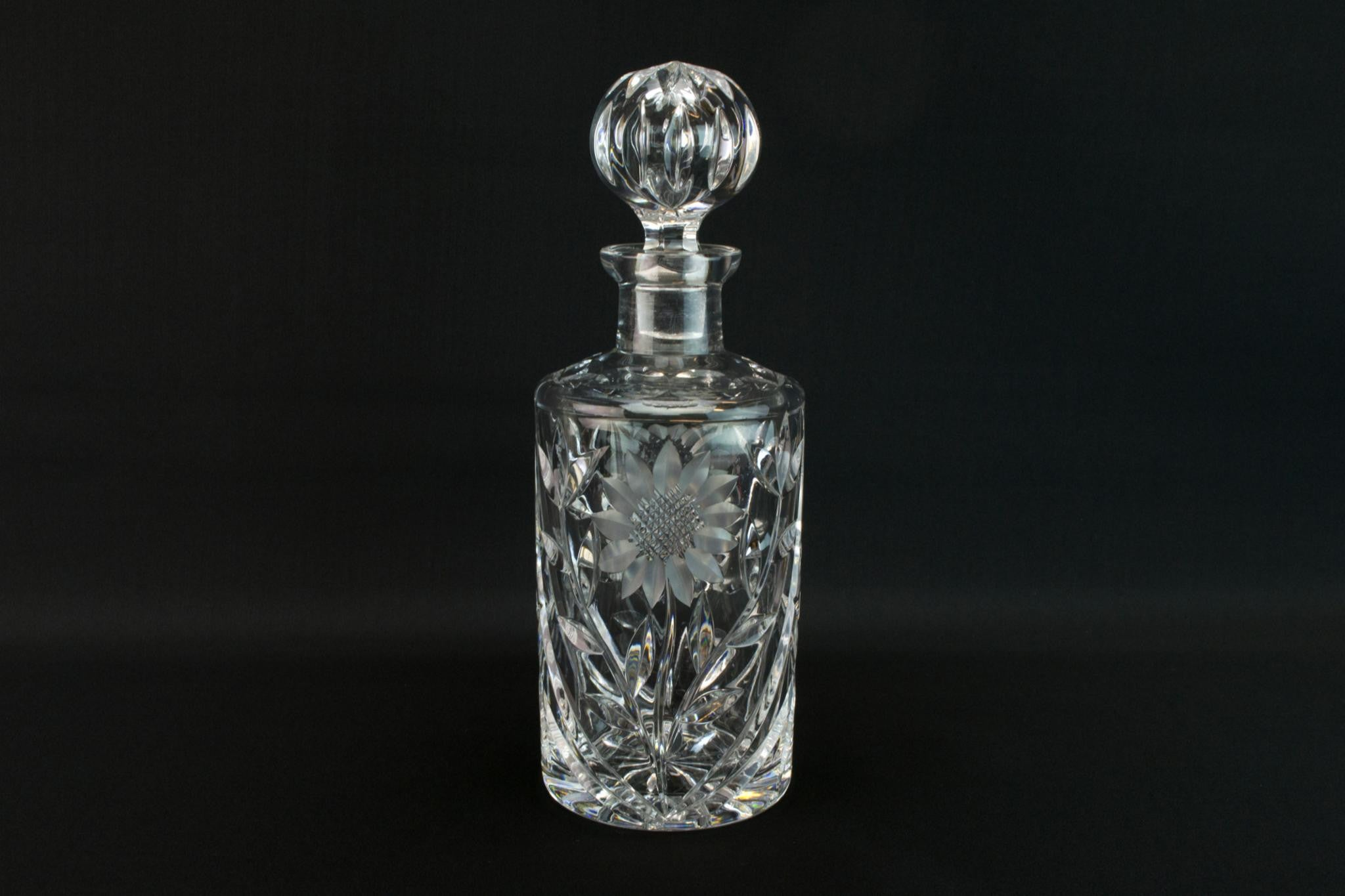 Cut glass whisky round decanter